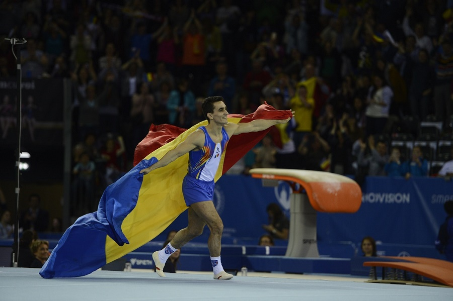 Marian-Dragulescu-wins-floor-ccompetition-at-European-Gymnastics-Championship