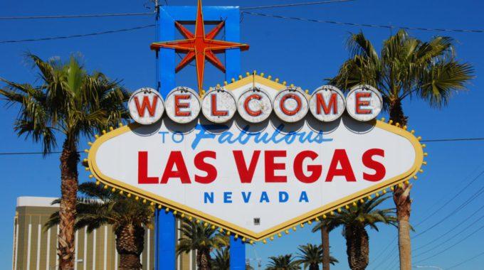 Welcome.to.Fabulous.Las.Vegas.sign.original.10545