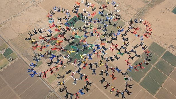 PAY 217 SKYDIVERS BREAK WORLD RECORD