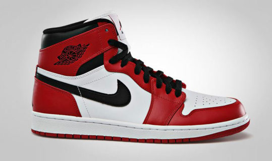 Air-Jordan-1-Chicago-blog-showcase-1