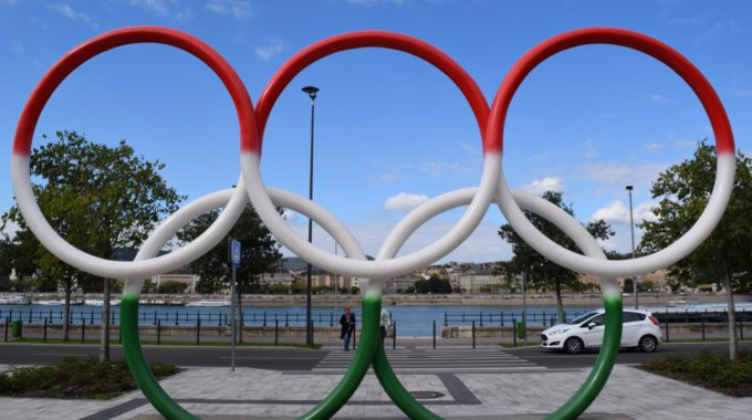 Olympic Rings Budapest Day