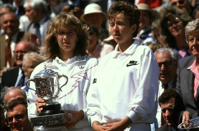 Natasha Zvereva, al costat d'Steffi Graff en la cerimònia de premis de Roland Garros 1988