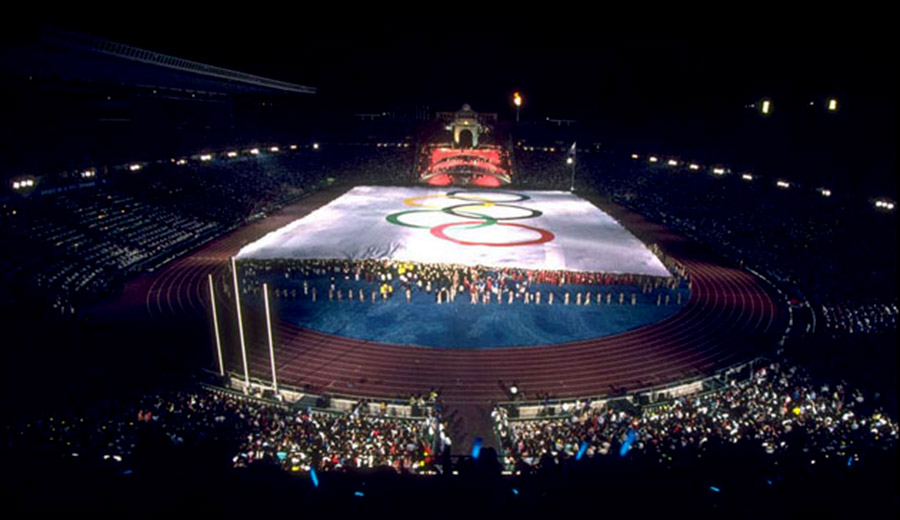OPENING CEREMONY GIANT FLAG
