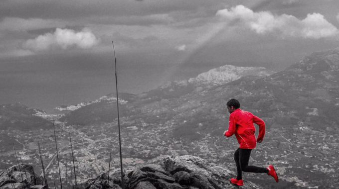 Passes Per En Pau, El Repte Esportiu I Solidari De Tòfol Castanyer El Corredor De Sóller Vol Córrer 190 Quilòmetres Per La Serra De Tramuntana