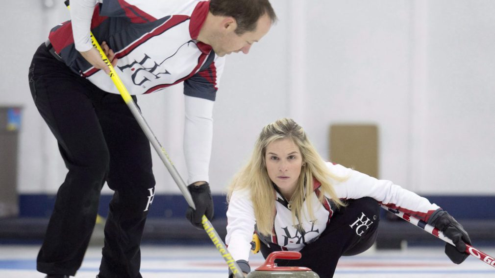 mixed-doubles-curling1-e1486583688505