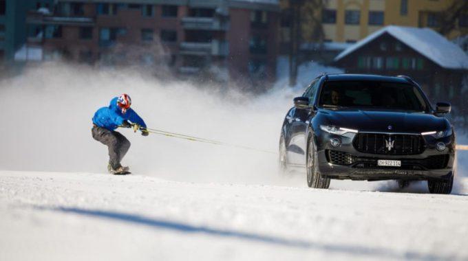 Els Rècords Més Absurds Del Món (3): Surf De Neu A Tot Gas Jamie Barrow Supera Els 150 Km/hora