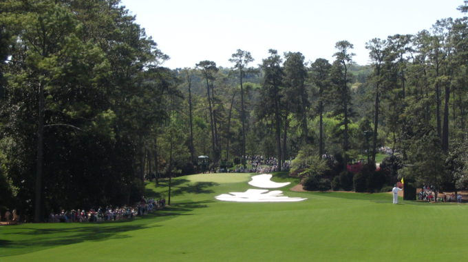 Augusta National Golf Club, Hole 10 (Camellia)